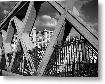 Pont Lafayette Paris Metal Print by Andrew Fare