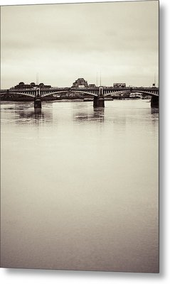 Metal Print featuring the photograph Portrait Of A London Bridge by Lenny Carter