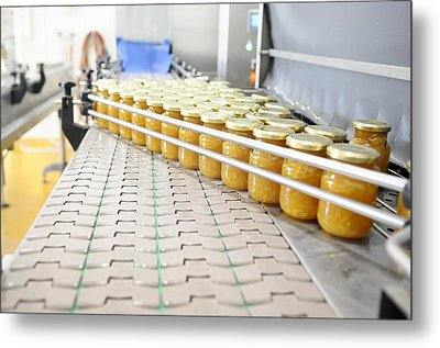 Preserve And Jam Bottling Production Line Metal Print by Photostock-israel