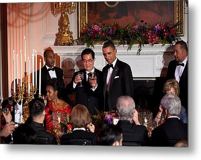President Barack Obama And President Hu Metal Print by Everett