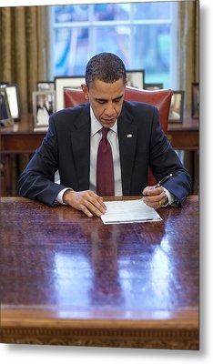 President Barack Obama Fills Metal Print by Everett
