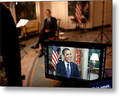 President Barack Obama Tapes The Weekly Metal Print by Everett