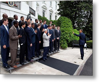 President Barack Obama Waves To Coach Metal Print by Everett