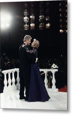 President Bill Clinton And Hillary Metal Print by Everett