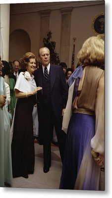 President Ford And First Lady Betty Metal Print by Everett