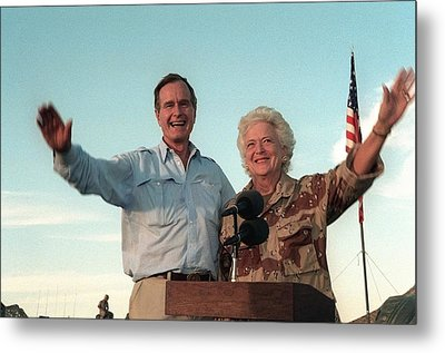 President George Bush And Barbara Bush Metal Print by Everett