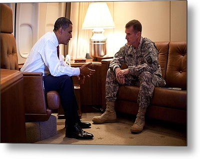 President Obama Meets With Army Gen Metal Print