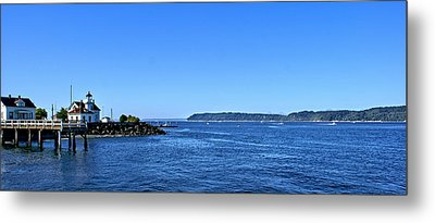 Metal Print featuring the photograph Puget Sound Light Hosue by Rob Green