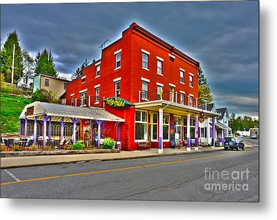 Purple Fiddle In Thomas Wv Metal Print