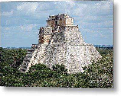 Pyramid Of The Magician At Uxmal Mexico Metal Print by Shawn O'Brien