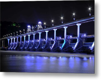 Metal Print featuring the photograph Quiet Night On The River by Renee Hardison