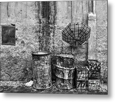 Rain Bw Marrakesh Metal Print by Chuck Kuhn