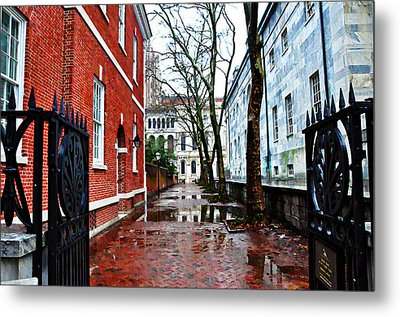 Rainy Philadelphia Alley Metal Print by Bill Cannon