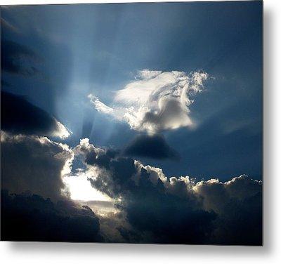 Rays Of Light Metal Print by Mark Dodd