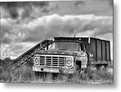 Ready For The Harvest Bw Metal Print by JC Findley