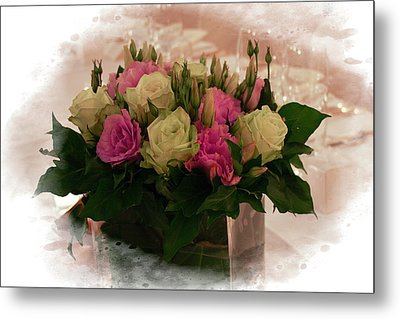 Red And Green Roses Metal Print