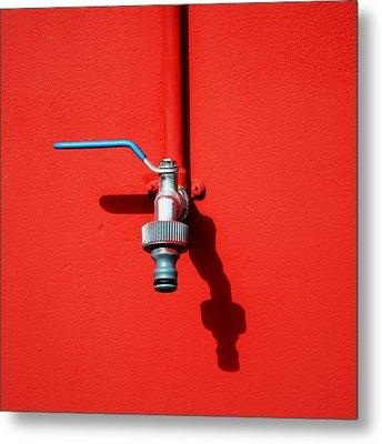 Red And Tap Metal Print by Saulgranda
