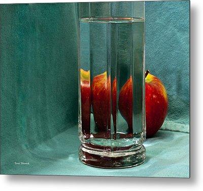 Red Apple Metal Print by Susi Stroud