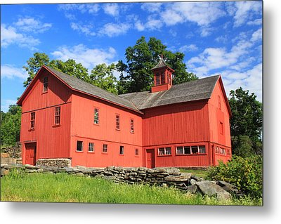 Red Barn At Bryant Homestead Metal Print by John Burk