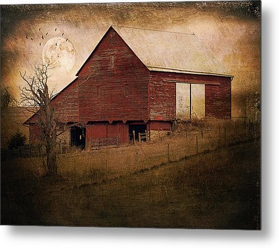 Red Barn In The Evening Metal Print