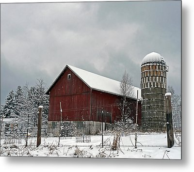 Metal Print featuring the photograph Red Barn In Winter by Judy  Johnson
