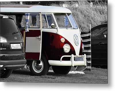 Red Vw Camper Metal Print by Paul Howarth