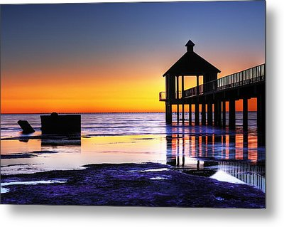 Reflecting The Night Metal Print by Pixel Perfect by Michael Moore