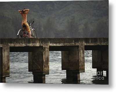 Relaxed Ride Hanalei Bay Metal Print by Bob Christopher