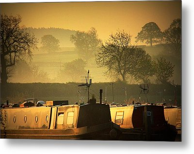 Resting Narrowboats Metal Print by Linsey Williams