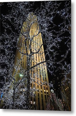 Rockefeller Center Christmas Metal Print by David Halperin