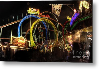 Rollercoaster At The Dom Metal Print by Rob Hawkins