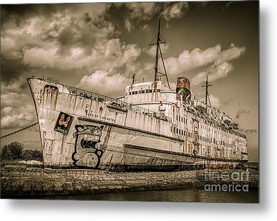 Rusty Duke Metal Print by Adrian Evans