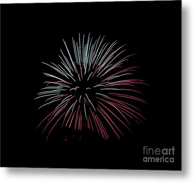 Metal Print featuring the photograph Rvr Fireworks 15 by Mark Dodd