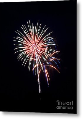 Metal Print featuring the photograph Rvr Fireworks 16 by Mark Dodd