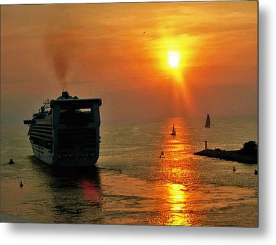 Sailing Into The Sunset Metal Print by Gary Wonning