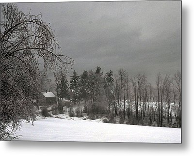 Saltbox Metal Print by Janet White