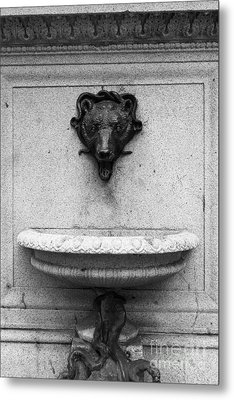 San Francisco - Monument On Market Street - 5d17847 - Black And White Metal Print by Wingsdomain Art and Photography
