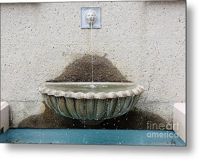 San Francisco Crocker Galleria Roof Garden Fountain - 5d17894 Metal Print by Wingsdomain Art and Photography