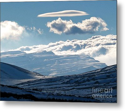 Sannir Mountains Metal Print