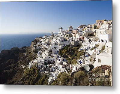 Metal Print featuring the photograph Santorini Cliff by Leslie Leda