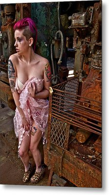 Metal Print featuring the photograph Scared by Alice Gipson