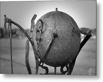 Sculpture Metal Print by Eric Gendron