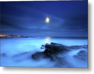 Seascape And Moonrise Metal Print by Angus Clyne