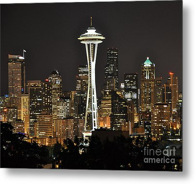 Metal Print featuring the photograph Seattle At Night by Jack Moskovita