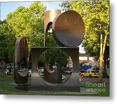 Metal Print featuring the photograph Seattle Sculpture by Chalet Roome-Rigdon