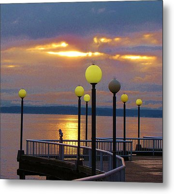 Seattle Sunburst Metal Print by Feva  Fotos