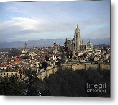 Metal Print featuring the photograph Segovia by Leslie Hunziker