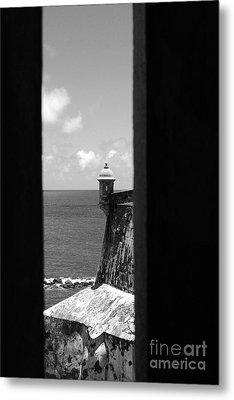 Sentry Tower View Castillo San Felipe Del Morro San Juan Puerto Rico Black And White Metal Print by Shawn O'Brien