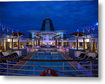 Setting Sail Metal Print by Metro DC Photography