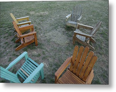 Several Lawn Chairs Scattered Metal Print by Joel Sartore